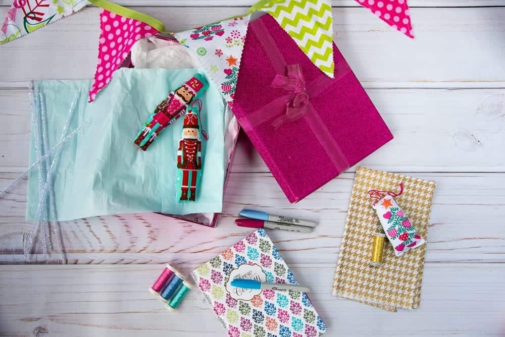 DIY-stuffed-fabric-christmas-ornament-tutorial