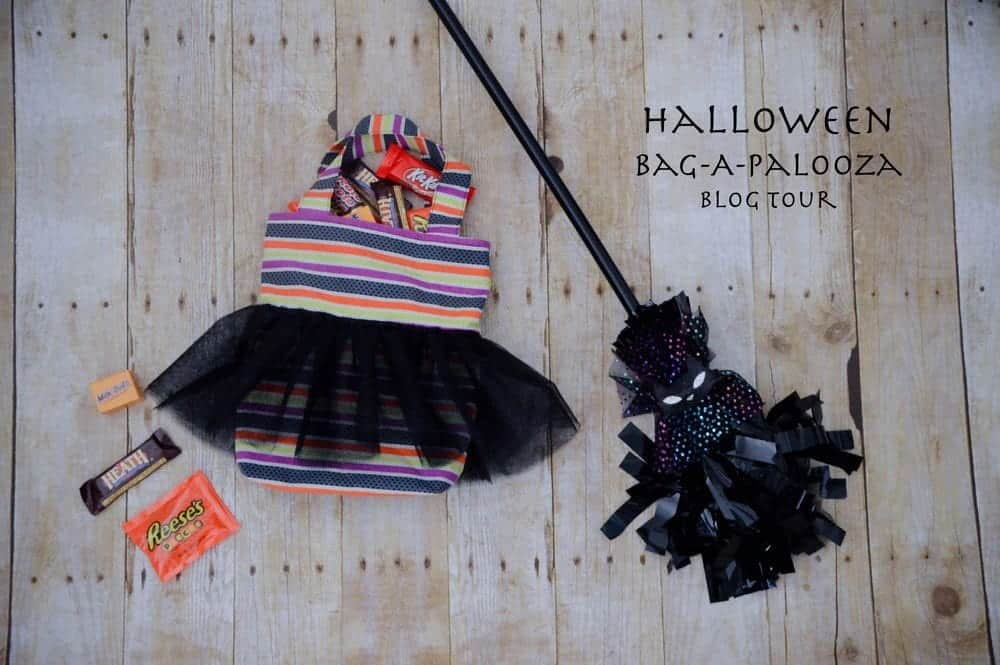 DIY+Halloween+Treat+Bag+Tutorial+Halloween+Bag-A-Palooza+--+Sunflower+Seams