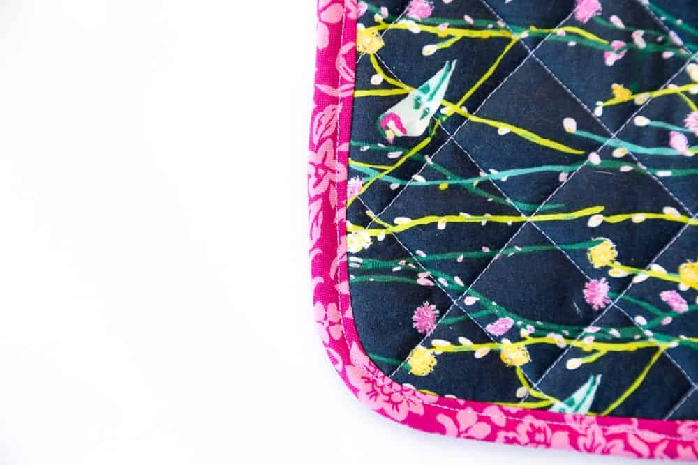 free-potholder-sewing-pattern-quilted