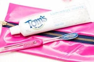 diy-toothbrush-travel-bag