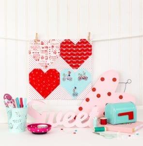 heart-mini-quilt-pattern-free-cut-files