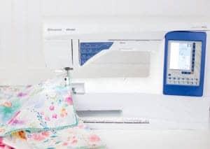 diy-pom-pom-napkin-sewing