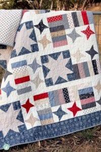 4th-of-july-quilt-pattern-aqua-paisley