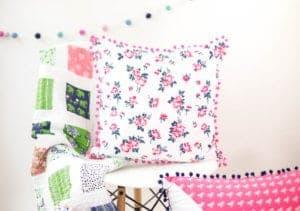 how-to-sew-a-pom-pom-pillow-tutorial