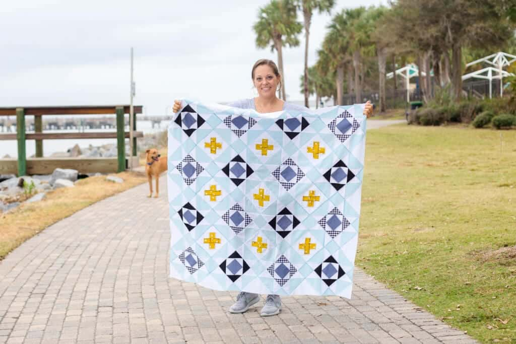 This image has an empty alt attribute; its file name is Nordic-Crossing-Quilt-Pattern-031-1024x683.jpg