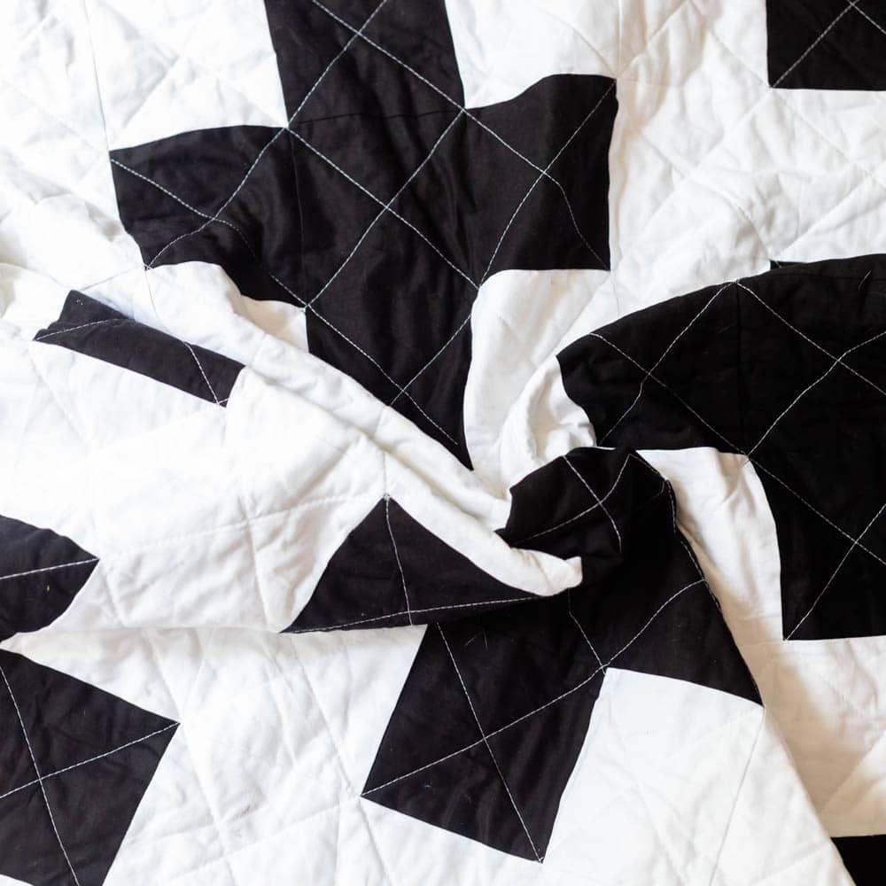 free-modern-quilt-pattern