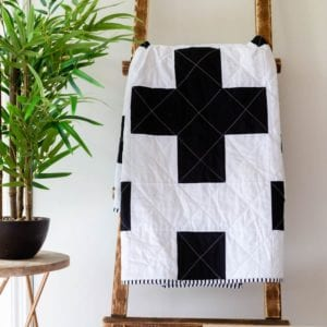modern-black-and-white-quilt