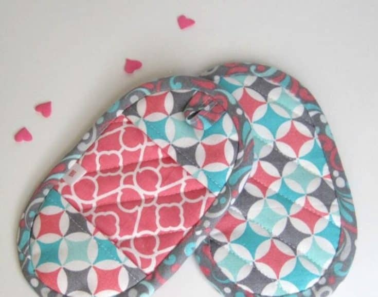 Mini Potholders: a sewing tutorial